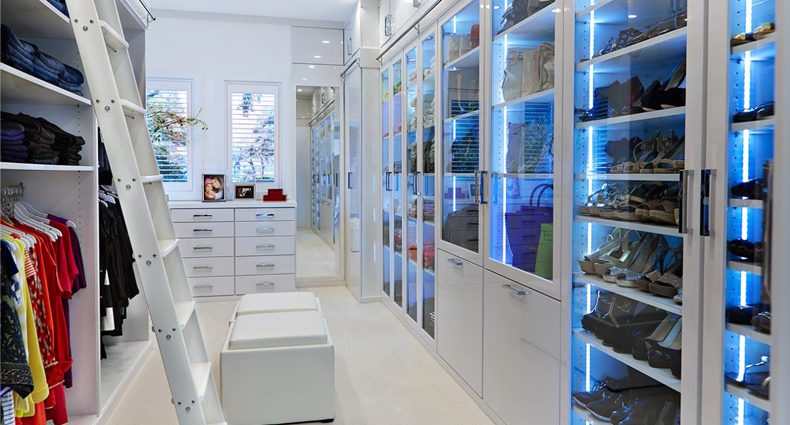 Incroyable For Ladies, Lifestyle; Fashion: Closet Porn, Lol, The Best Wardrobe Room  Ever